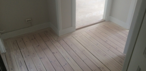 Vitpigmenterade golv hel lägenhet (4)